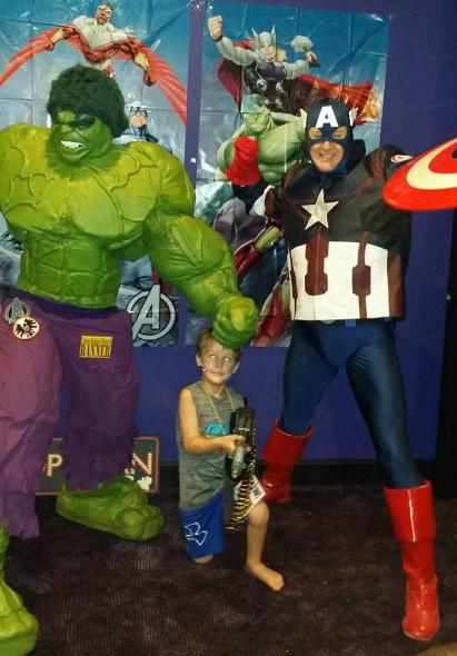 Hulk and Captain America superheroes for rental to entertain at kid's birthday parties in Spring, Texas.