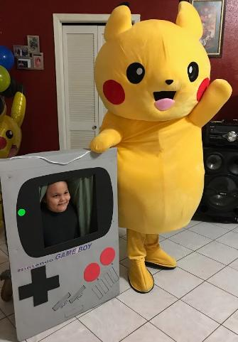 Hire this mascot costumed character for a great costume, great theme games, & great photo props.