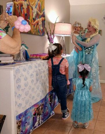 Rent a Houston party princess costumed character to celebrate with your birthday party guests